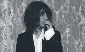84_pattismith_l290906_1